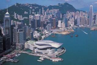 香港租金大跌楼价仍涨背后:住宅供应少 按揭利率低