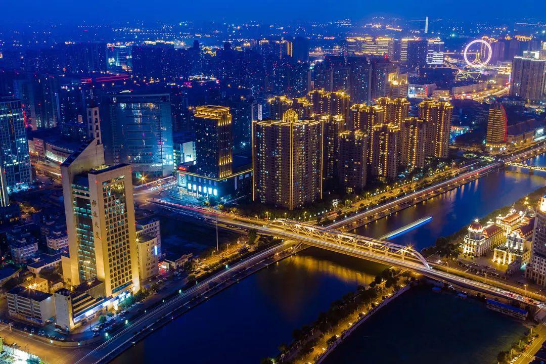 中共中央、国务院:加快建设20个左右国际性综合交通枢纽城市